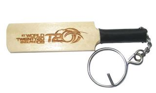 Picture of Cricket Bat Keyring